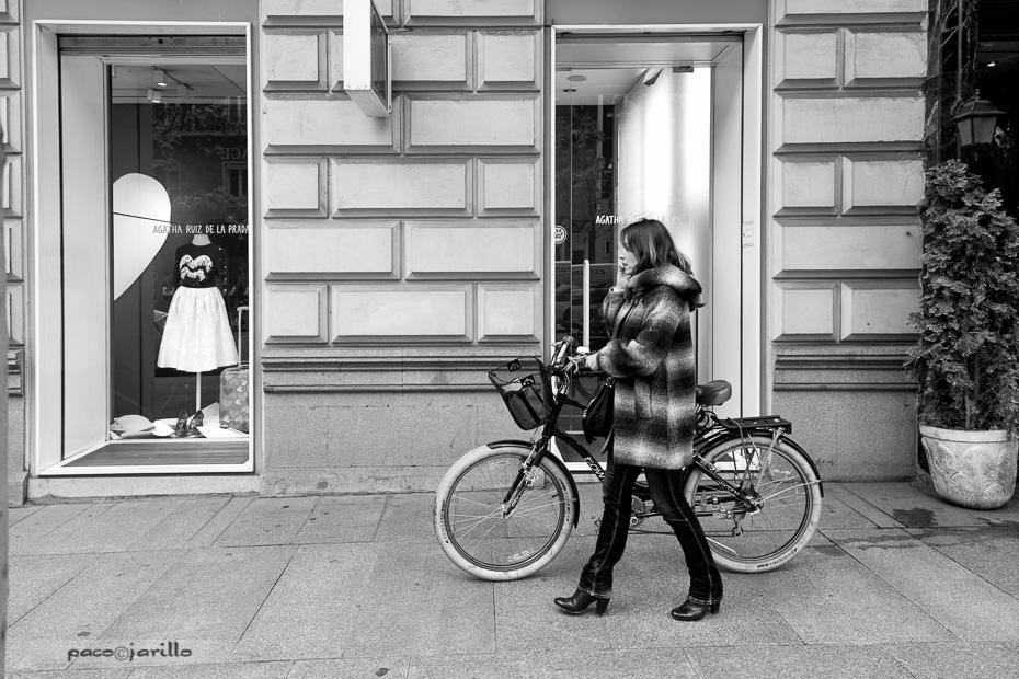 Paseando a la bici